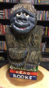 Chainsaw Gorilla Carving for Charity by Bob Ward - Colony Carvers - Amana, Iowa